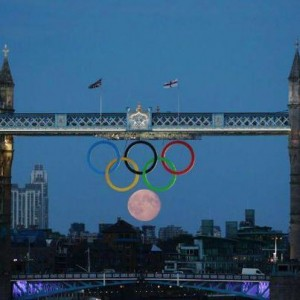 Full-Moon-Olympic-2012-Rings-News-Group-Newspapers-Photo