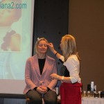 Kandesn Natural Skincare Demo Julie McLewee