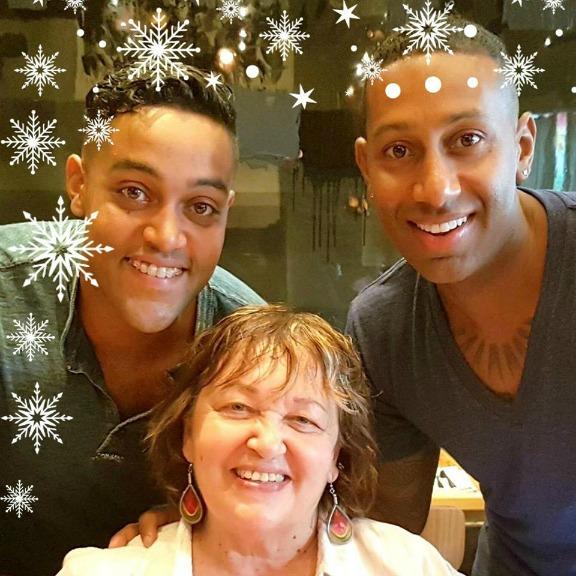Sunrider Diana Walker Trudy Stoelting Jesse Gabe Christmas